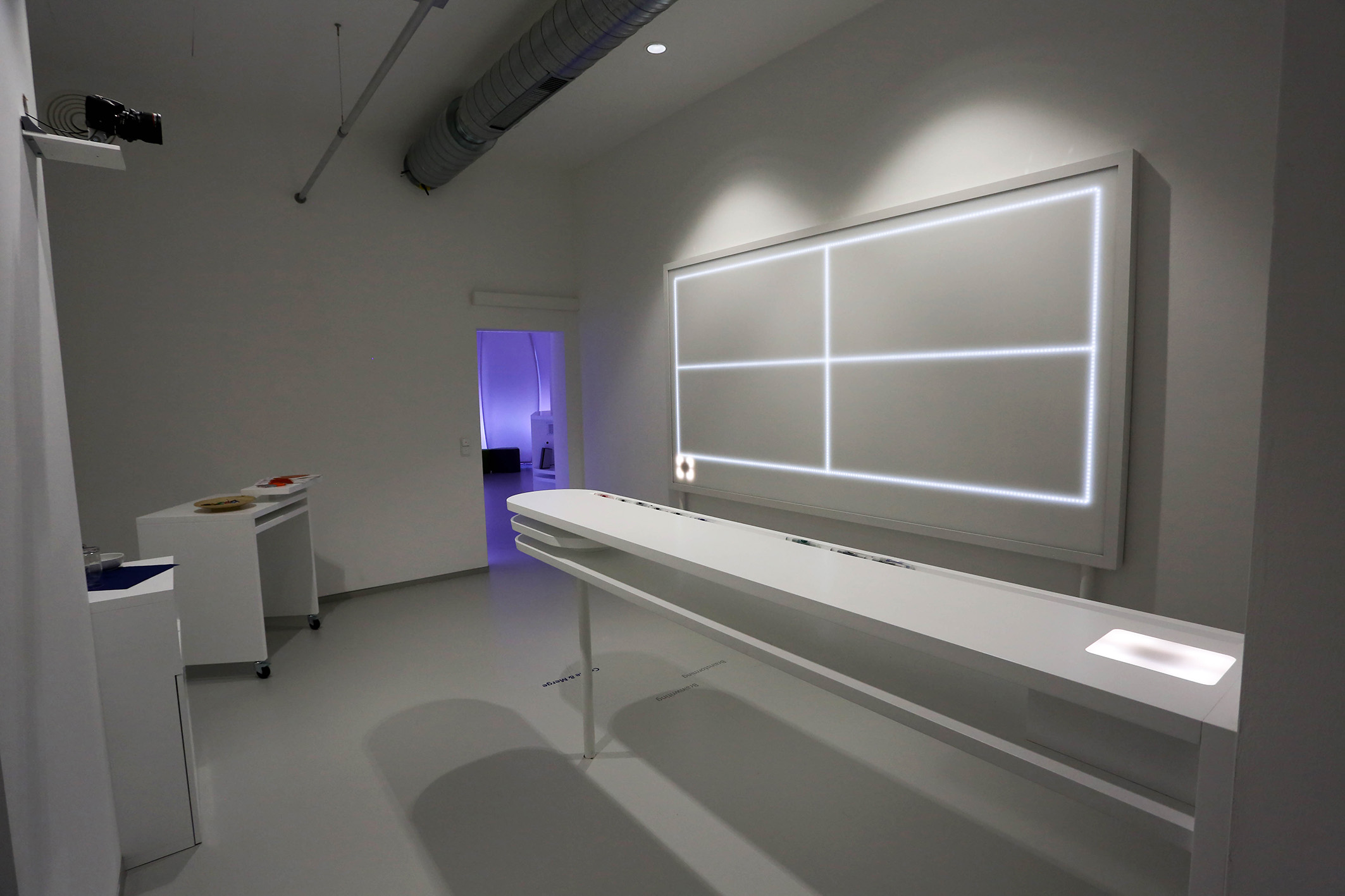 GS1_CreativeLab_LED-Whiteboard-5106